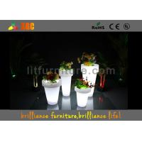 Remote control LED lighting planter / LED Flower Pot with lithium battery Manufactures
