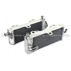 YAMAHA Motorcycle Aluminum Radiator , Motorcycle Transmission Water Cooler Manufactures