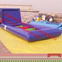INFLATABLE GRAND NATIONAL & HORSES Manufactures