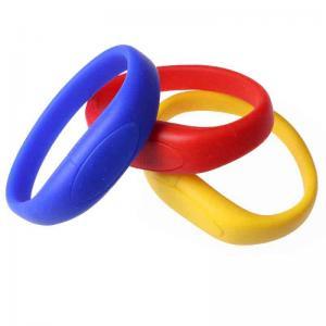 Quality Micro Silicone 8 Gigabyte Flash Drive Wristband , USB Key Bracelet for sale