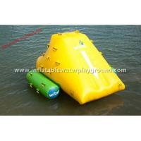 Outdoor 1.8mH Inflatable Iceberg , Lake Inflatable Water Rock With Durable Handles Manufactures