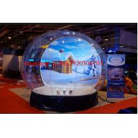human snow globe , plastic snow globe,snow globe manufacturers Manufactures