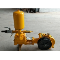Ease Operation Small Mud Pump , Portable Mud Pump For Water Well Drilling Manufactures