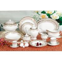 Waterproof White Ceramic Dinnerware Sets For Commercial Star Restaurant Manufactures