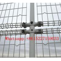 Wire mesh fence with double circles Manufactures