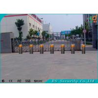 Vehicle Retractable Automatic Security Bollards Crashproof Easy Installation Manufactures