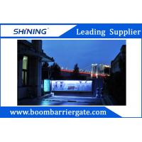 140W Motor Parking Lot Advertising Barriers With Temperature Control Function Manufactures