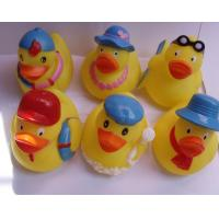 Mini Yellow Bathtub Weighted Squeezing Rubber Ducks Surfing / Swimming Design Manufactures
