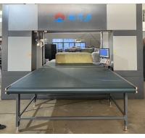 CAD Software Sofa Sponge 10Kw Steel CNC Foam Cutting Machine Manufactures