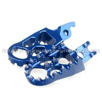 Quality Aluminum Alloy 57mm Dirt Bike Foot Pegs , Supermoto Light Weight Oversized MX for sale
