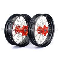 Anodized 17 Inch Motorcycle Wheels , Black Spoked Motorcycle Wheels For Harleys Manufactures