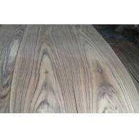 African Natural Crown Cut Teak Veneer With Black Triped Texture Manufactures