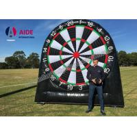 Customized Outdoor Giant Inflatable Sports Equipment Black Soccer Dart Board Manufactures