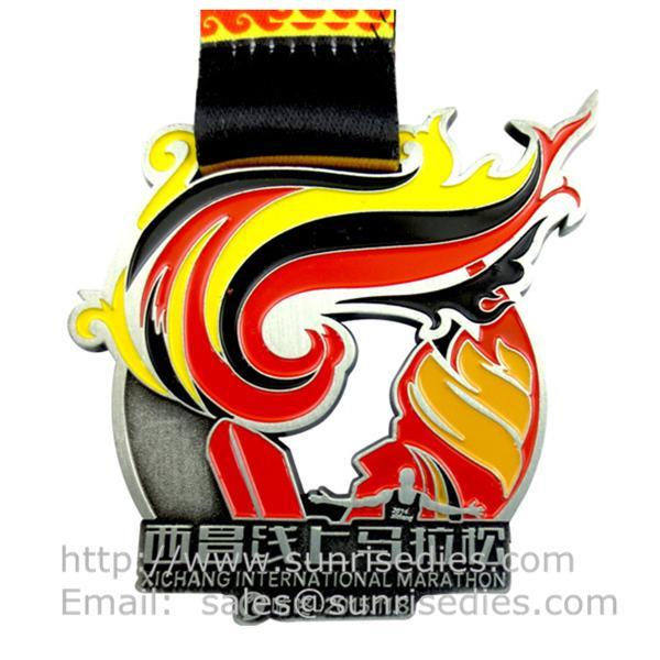 Hollow Engraved medallion maker China