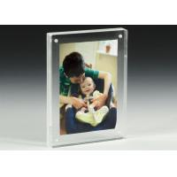 Clear Acrylic OEM Factory Custom Picture Frames With Magnetics Manufactures