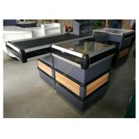 China Supermarket Metal Conveyor Belt Cashier Checkout Counter With Steel Wood Anti-corrosion on sale