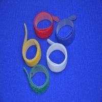 Green Printed Self Gripping Releasable Cable Ties Strong Adhesive For Computer Wire Manufactures
