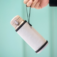 Slim Compression Resistant 6.8CM Length  Insulated Bottle Sleeve Manufactures