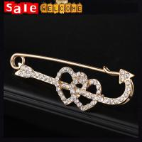 Rhinestone Lapel Pins Double Love Heart Crystal Jewelry Golden Pin Brooch for Women Gift Manufactures