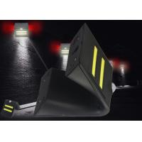 China Lithium Battery Powered Led Motion Activated Outdoor Security Light High Brightness on sale