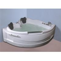 Luxurious Corner Whirlpool Bathtub Jacuzzi Bathroom Tubs 50 / 60Hz Frequency Manufactures