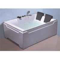 2 people comfortable freestanding whirlpool  / jacuzzi  massage white color bath tub Manufactures