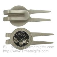 Small quantity wholesale metal golf pitchfork with golf design epoxy dome, Manufactures
