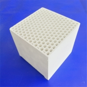 China Corrosion Resistance Regenerator Ceramic Honeycomb Body on sale