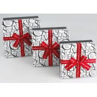 6.5 * 6.5 * 2 Inch Decorating Gift Boxes, Cardboard Scarf Box With Ribbon Manufactures