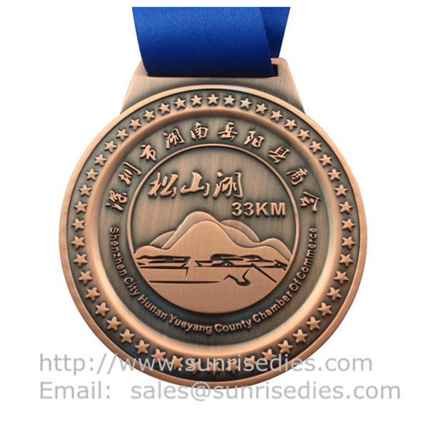 Engraved medallion maker China