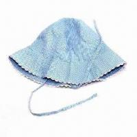 Girl's hat, made of cotton plaid fabric with lace around brim Manufactures