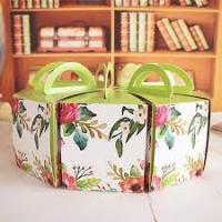 Quality Recycled Round Decorated Cake Boxes Unique Pretty Personalized UV Coating for sale