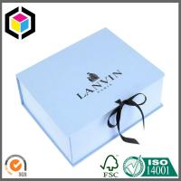 White Color Gold Foil Logo Luxury Gift Paper Box; Ribbon Lid Hinged Gift Box Manufactures