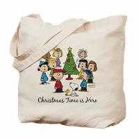 Embroidered Personalized Beach Tote Bags , Pretty Cloth Shopping Bags Manufactures