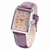 Quartz Watch with Leather Strap and Luxury Charm, Used for Business Manufactures