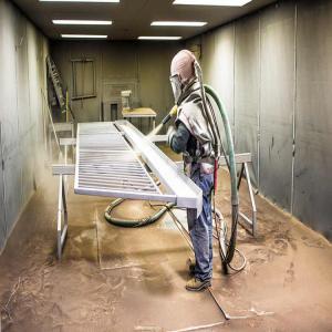 60m3/Min 5T Workpiece Steel Plate Sand Blasting Room Manufactures