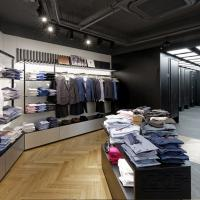 Clothing boutique store interior design with display shelves Manufactures