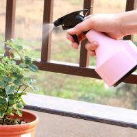 Light Pink Or Blue Sprayer Use Garden Plant Accessories PP And PVC Materials Light pink or light blue 11x21cm 0.07kg Manufactures