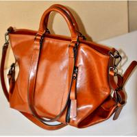 Woman PU Red Leather Handbags , PU Totes Shoulder Ladies Shopping Bags For 14 Inch Laptop Manufactures