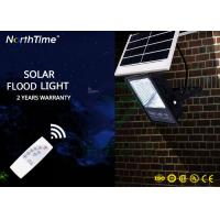 High Power Portable Aluminium Solar Powered LED Flood Lights 100 Watt With Remote Controller Manufactures