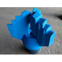 """6 Inch 3 Wings Step Water Well Drilling Drag Bit With Tungsten Carbide API 3 1/2"""" REG Pin Thread Manufactures"""
