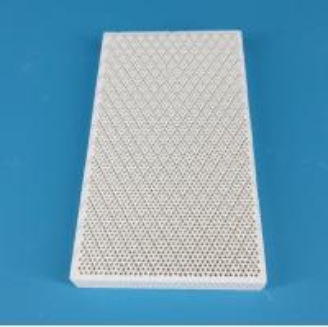 China Customized Ceramic Alumina Plate Tiles Bulk Wear Resistant Strong Hardness on sale