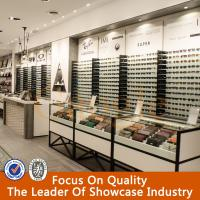 White Lockable Wooden Sunglassed Display Manufactures