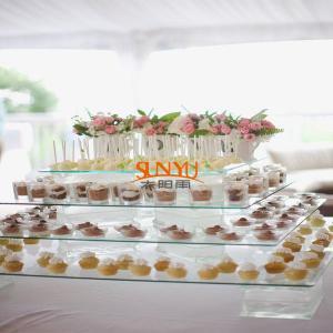 Dessert Food Service TraysStack More Tiers Glass Plexiglass Display Shelves Manufactures