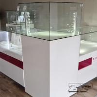 jewelry store's interior with custom displays Manufactures