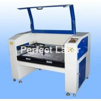 CCD Auto Recognition CO2 Laser Cutting Machine For Cloth / Shoe / Jeans / Carpet Manufactures