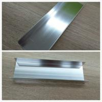 Silver Brightness Machanically Polished Aluminum Profiles Highly Wear Resistance Manufactures