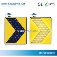 Solar Traffic Signs LED Road Signs Moving Flashing Arrows STS0112 Manufactures