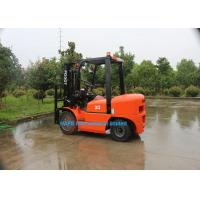 3 Ton Diesel Forklift Truck With Isuzu C240 Engine Fork Length 1070mm Solid Tyre Manufactures