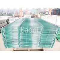 Garden Wire Mesh Fence Decorative Curved Green Welded Wire Fencing Manufactures